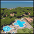 Tourist resort na morzu w Toskanii